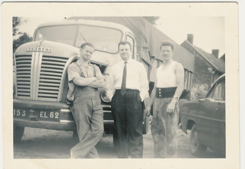 Jean, Félix et leur frère Florian au milieu