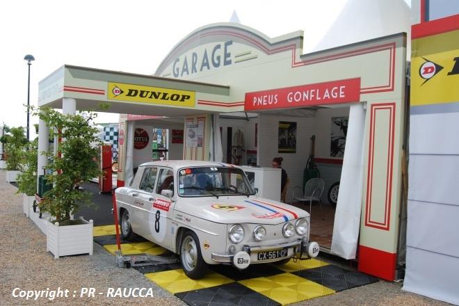 Ambiance garage d'epoque
