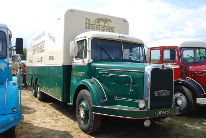 Bernard GR150 fourgon Transports Honoré 1963