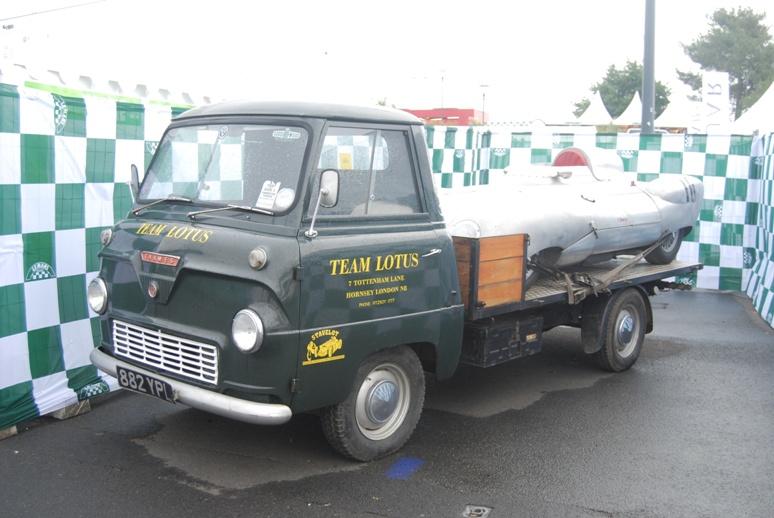 Transporteur de l'écurie Lotus