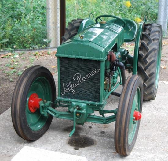 Tracteur agricole Alfa Roméo de 1938