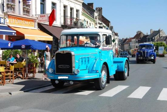 1966 - BERNARD TD211