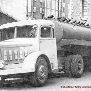 Le 1 bernard en 1958 des ets Bailly Courouble a St Andre 59