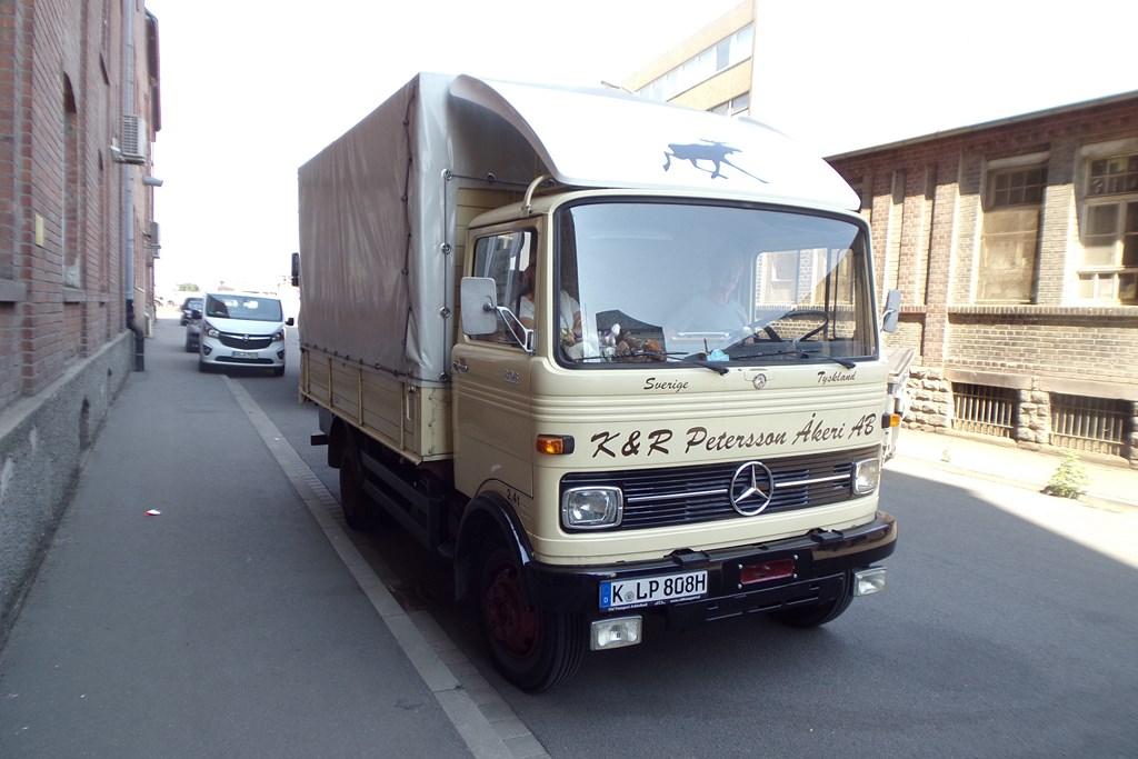 Mercedes LP 608