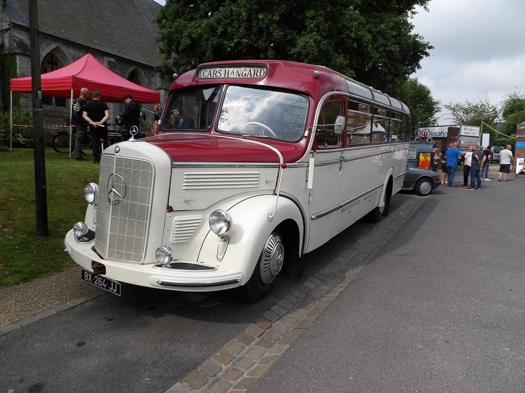 Mercedes O3500