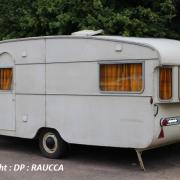 Pour Emile, ancienne caravane anglaise de marque Travelmaster