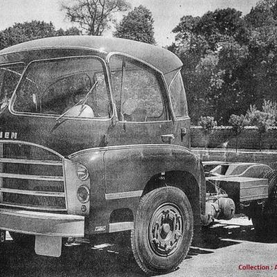 Saviem recarrossee par Cottard en 1964