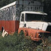 Unic Verdon abandonné dans les champs