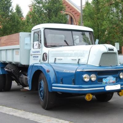 UNIC MZU 83R Auvergne à benne La Lilloise de 1963