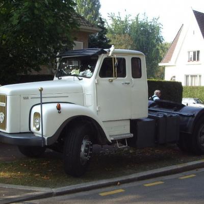 SCANIA 111 tracteur de 1976