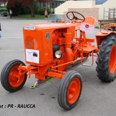 Tracteurs en Weppes 2015