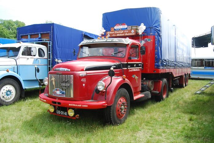 Volvo 495 tracteur + remorque